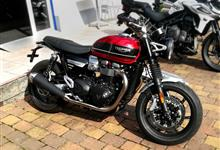 Šeri testuje - Triumph Speed Twin 1200